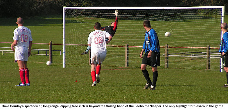 Coundon & Leeholme's goalkeeper fails to deal with Dave Gourlay's long range free-kick