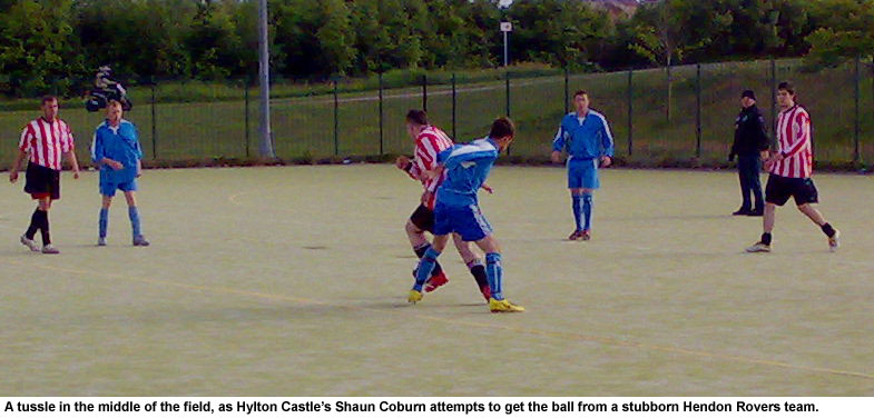 Hendon Rovers lose an early lead against Hylton Castle.