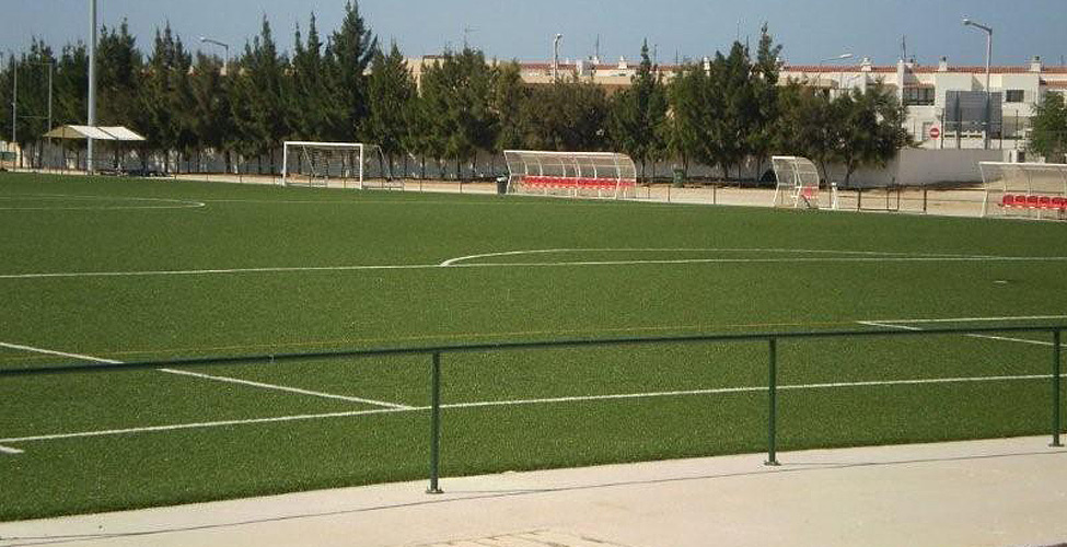 Municipal 3G pitch. Venue for the game against Juventude Sport Campinense/Loulé on Friday afternoon.