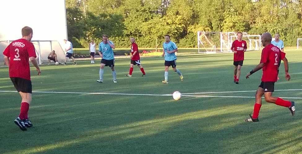 Dixon, Barker, Gillespie and Sangha in action.