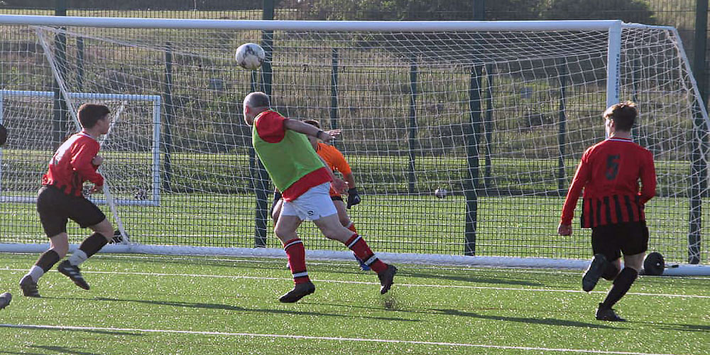 Wardle heads home against the bairns.